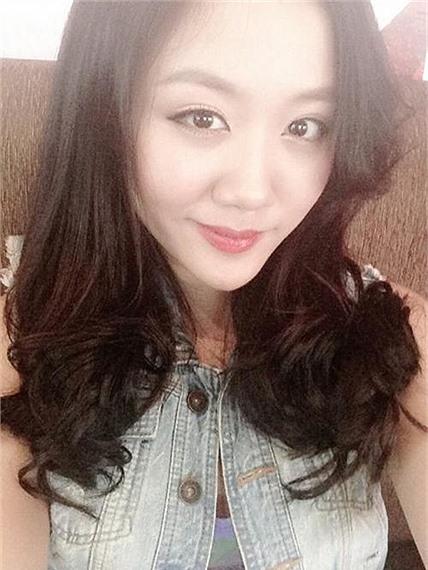 nhung-guong-mat-v-line-gay-bat-ngo-cua-my-nhan-viet